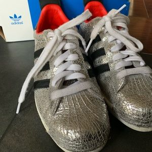 on sale 68953 a7ca4 adidas Shoes - Adidas TopShop Superstar 80s Shoes